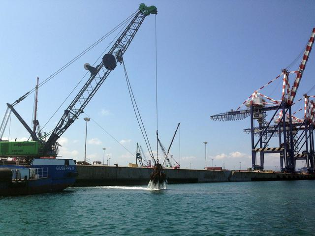 Quay structural upgrade in Gioia Tauro's harbour